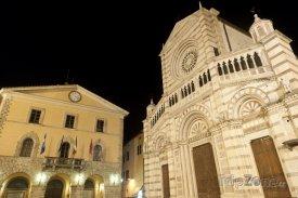 Grosseto, katedrála a radnice