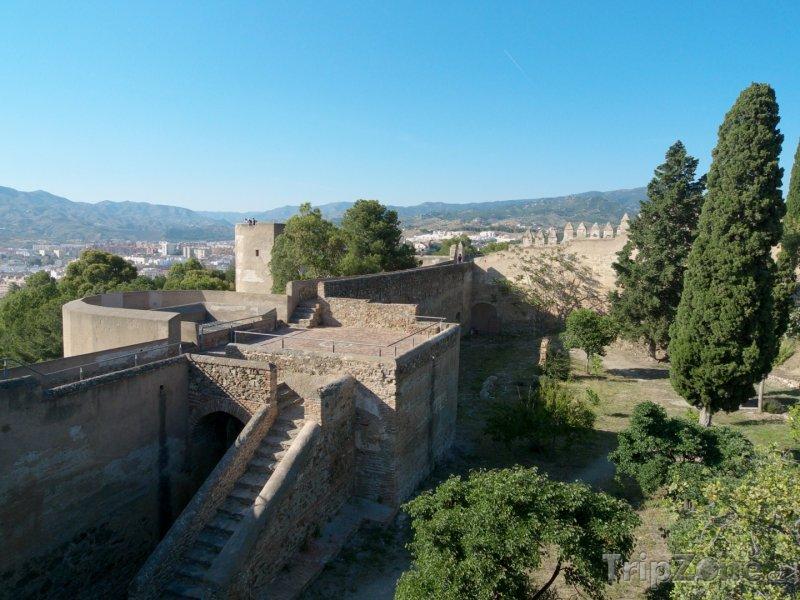 Fotka, Foto Hrad Gibralfaro, hradby (Málaga, Španělsko)