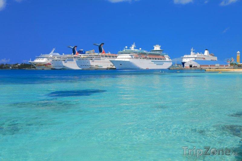 Fotka, Foto Key West, výletní lodě v přístavu (USA)
