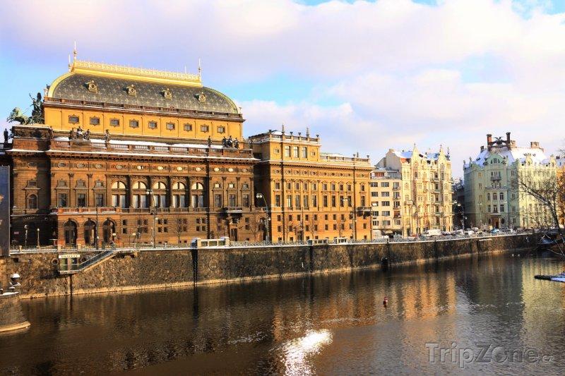Fotka, Foto Národní divadlo (Praha, Česká republika)