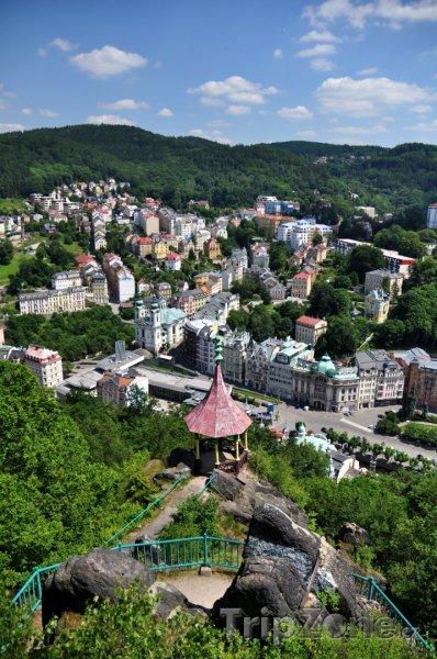 Fotka, Foto Pohled z rozhledny Jelení skok (Karlovy Vary, Česká republika)