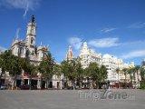 Radnice na náměstí Plaça de l'Ajuntament
