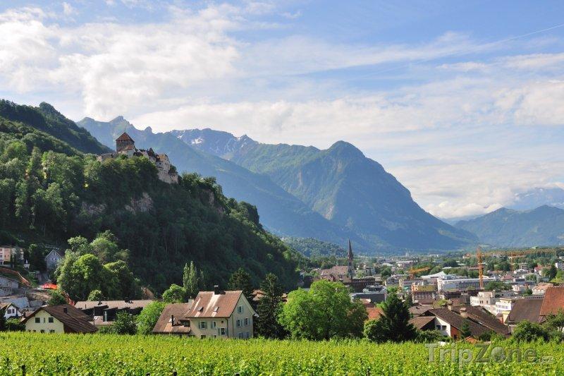 Fotka, Foto Vaduz, panorama města (Lichtenštejnsko)