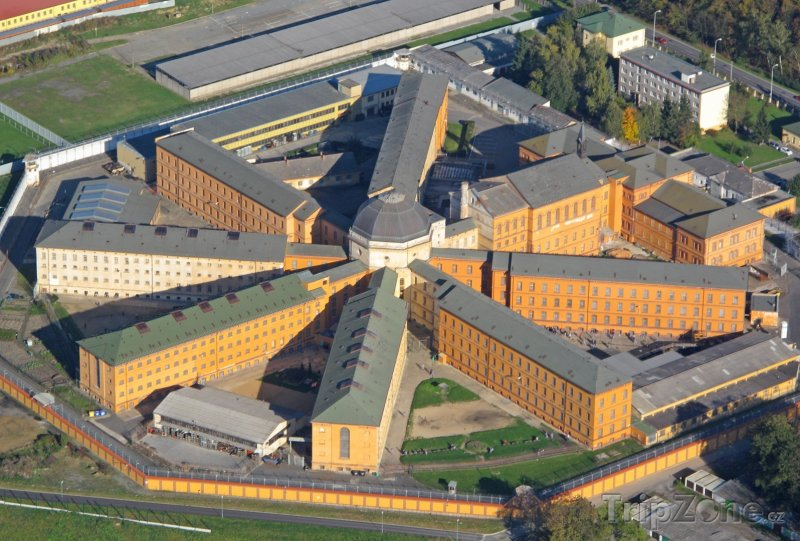 Fotka, Foto Věznice Bory v Plzni (Česká republika)