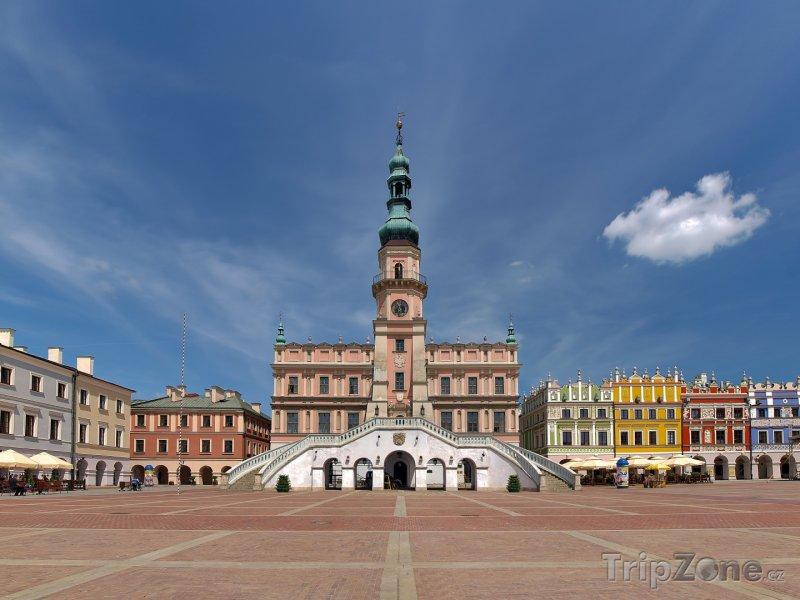 Fotka, Foto Zamość, radnice na hlavním náměstí (Polsko)