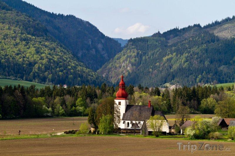 Fotka, Foto Kostel v Liptovských Matiašovcích (Slovensko)