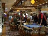 Krupiéři v kasinu