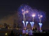 Ohňostroj na řece Detroit