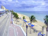 Promenáda podél Fort Lauderdale Beach