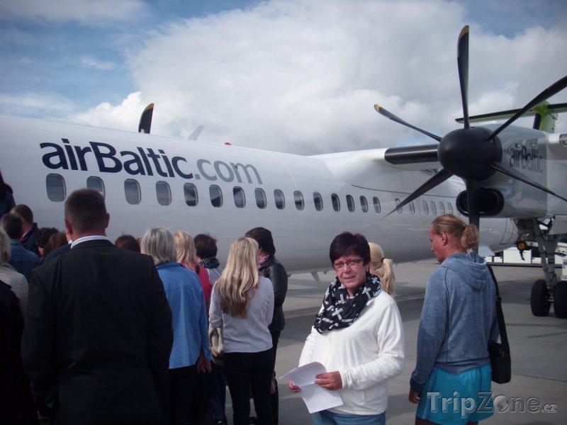 Fotka, Foto Bombardier Q400 aerolinek airBaltic