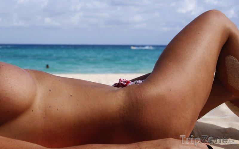Nejznámější nudistické pláže světa